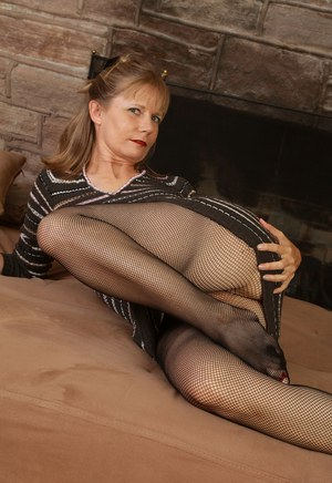 mature clothed sex tube